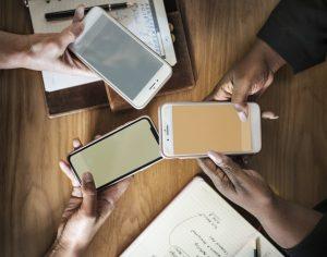 Drie-telefoons